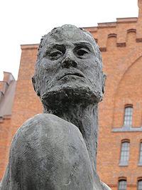Portrait Klaus Störtebeker Statue (Hamburg).JPG