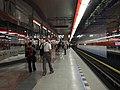 Praha, Letňany, stanice metra Letňany, nástupiště.jpg