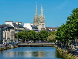 The Odet River in the centre o Quimper