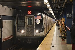 R160 E enters 42nd Street.jpg
