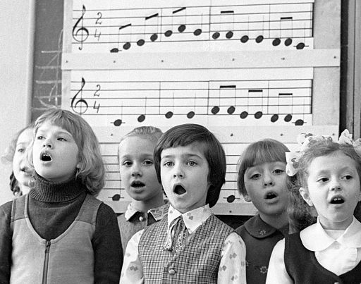 RIAN archive 24089 The youngsters singing