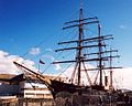 RRS Discovery in 2002.jpg