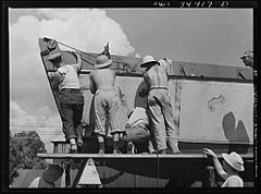 Ramp boats under construction 8d39868v.jpg