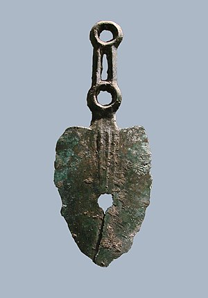 Razor - Razor made of bronze from the first Iron Age