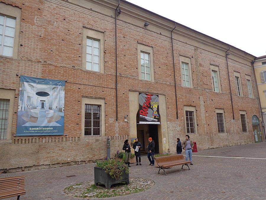 Palazzo Cusani, Parma