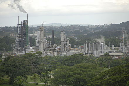 The oil refinery at Pointe-a-Pierre Refinerypointeapierre.JPG