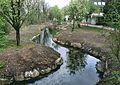 Renaturierter Abschnitt des Hachinger Baches nördlich von der Brücke -Am Heimgarten- in Taufkirchen.jpg