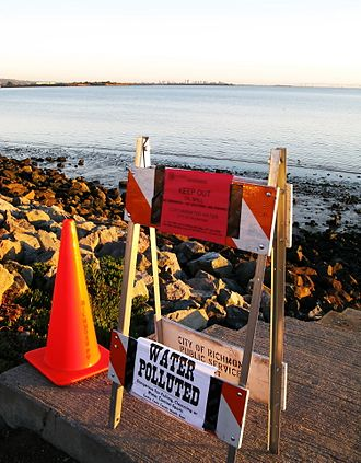Cosco Busan oil spill - A Contra Costa county sign in Richmond Marina Bay warns of shoreline closure due to oil contamination.