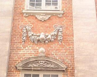 Riddarhusgränd - Image: Riddarhuset detail east facade March 2007