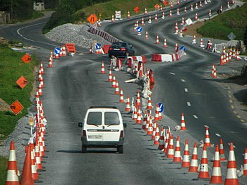 English: Road works This is a road works at th...