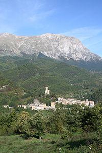Rocca di Arquata del Tronto - panorama.jpg