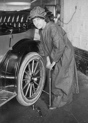 Rosalie Gardiner Jones - Jones, circa 1910-1915