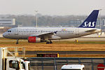 SAS, OY-KBP, Airbus A319-132 (23526992354).jpg