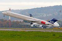 SAS Scandinavian Airlines McDonnell Douglas MD-82 LN-RLF Zurich International Airport.jpg