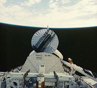 STS-41-D - Image: STS41D 36 111