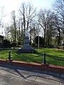Saint-Venant, Saint-Venant, le monument aux morts en2019.jpg