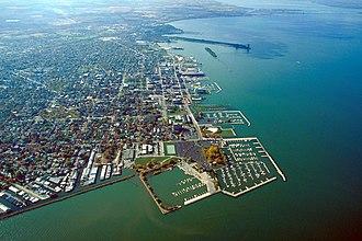Sandusky, Ohio - Image: Sandusky Ohio aerial view