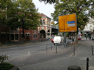 Schlesisches Tor (Metro train station), Kreuzberg
