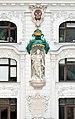 Sculpture Friedrich III., Regensburger Hof, Vienna.jpg