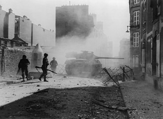 Battle for Brest - A US M18 Hellcat of the 705th Tank Destroyer Battalion in the streets of Brest in September 1944