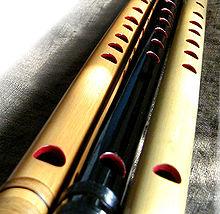 http://upload.wikimedia.org/wikipedia/commons/thumb/5/56/Shinobue_3types.jpg/220px-Shinobue_3types.jpg