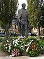 Simándy József szobra (Janzer Frigyes), Kistarcsa.jpg