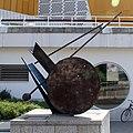 Skulptur Herbert-von-Karajan-Str 11 (Tierg) Echo I&Bernhard Heiliger&1987.jpg