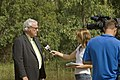 Sky News Australia reporter, Gemma Veness interviews the City of Wagga Wagga Mayor, Wayne Geale.jpg