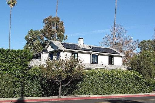 Solar panel roof 6th St