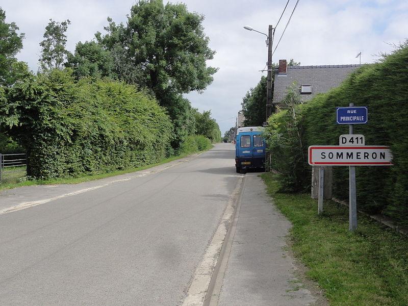 Sommeron (Aisne) city limit sign