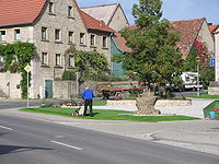 Sonderhofen-Dorfplatz.jpg