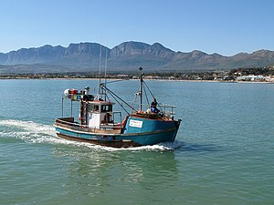 English: Fishing boat, Cape Town, South Africa