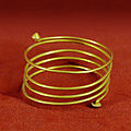 Spiral bracelet MNMA Cl9245.jpg