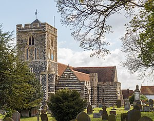 Cliffe, Kent - St Helen's Church in May 2015