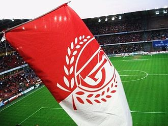 Standard Liège - Flag waving in the Stade Maurice Dufrasne