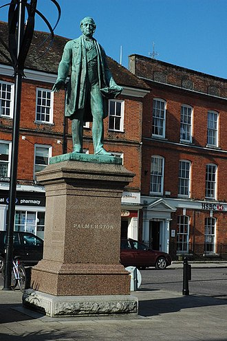 Romsey - Statue of Lord Palmerston