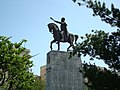 Statuia lui Mihai Viteazu din Ploiesti - panoramio.jpg