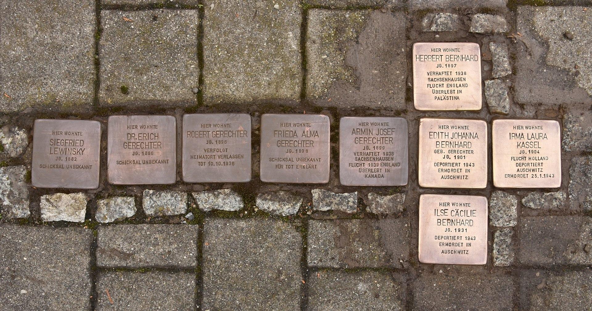 Stolpersteine in Großräschen (Großräschen).jpg