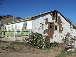 House damaged by the Pichilemu earthquake, in the epicentre town, as seen on April 16, 2011. Image: Diego Grez.