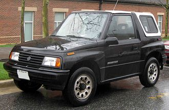 Suzuki Vitara - 1989–1991 Suzuki Sidekick 3-door (US)