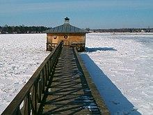 Sauna svedese sul lago