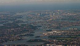 Vista aerea di Sydney rivolta ad est.