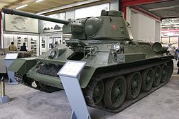 T-34-76-1943 on Panzermuseum Munster.jpg