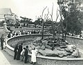 Taronga Park Zoo - 1924 (27086730545).jpg