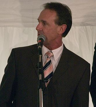 Terry Wallace - Image: Terry Wallace (cropped)