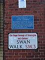 The Chelsea Physic Garden plaque Swan Walk SW3 (3).jpg