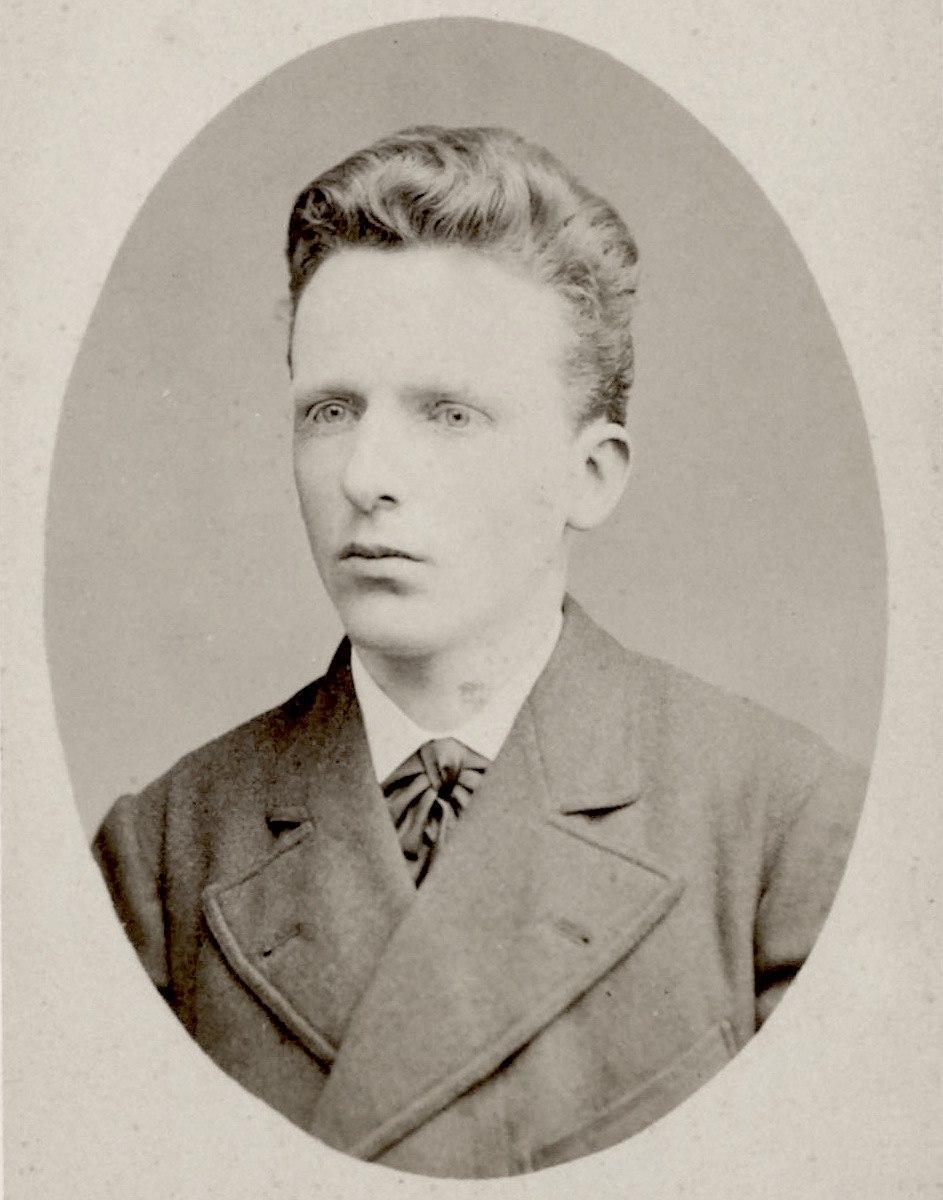 Theo van Gogh May 1878-cropped.jpeg