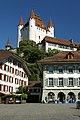 Thun Schloss vom Rathausplatz.jpg