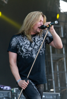 Timo Kotipelto en el Wacken Open Air, 2007