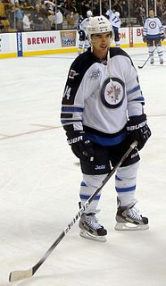 Tim Stapleton American ice hockey player